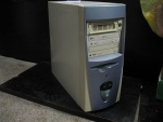 Komputer Celeron 900MHz/192MB RAM/GeForce2 MX400 64MB/15GB HDD Samsung